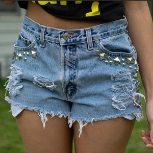 ✂️Sale✂️ Tommy Hilfiger Studded Distressed Shorts